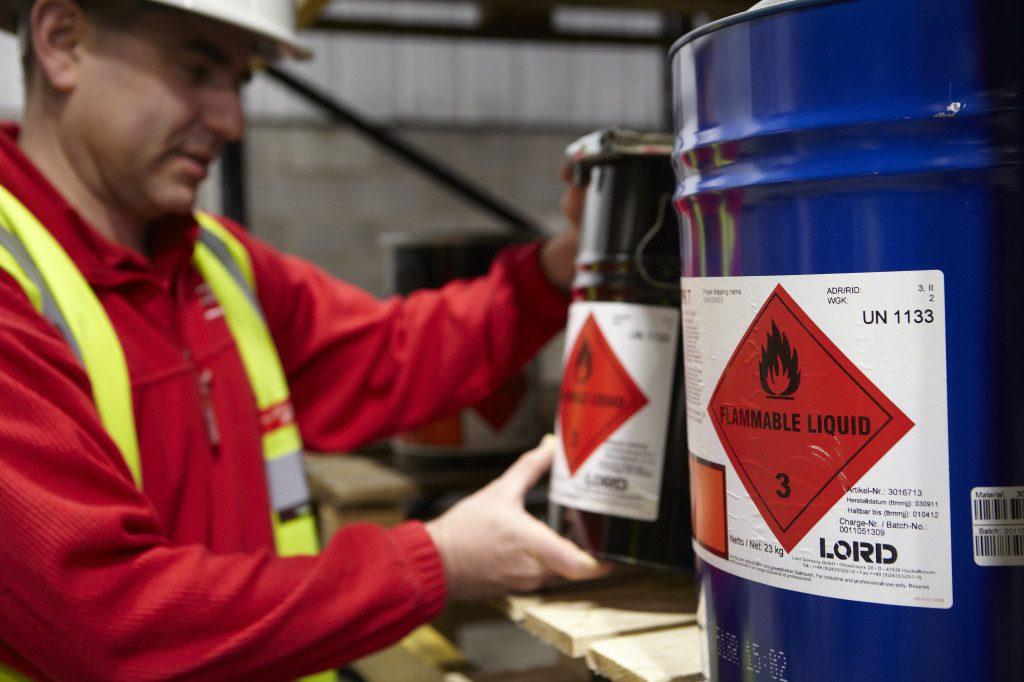 Biztonságban a veszéllyel - ADR Veszélyes áru szállítási biztonsági tanácsadó