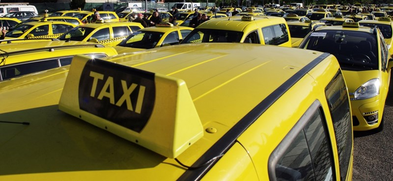 Taxisok és személygépkocsis személyszállítók figyelem! Új határidő!