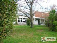 Az iskola épülete kívülről 1. - Transzport Studium Kft.