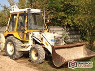 1111 Traktor alapú univerzális földmunkagép (JCB)
